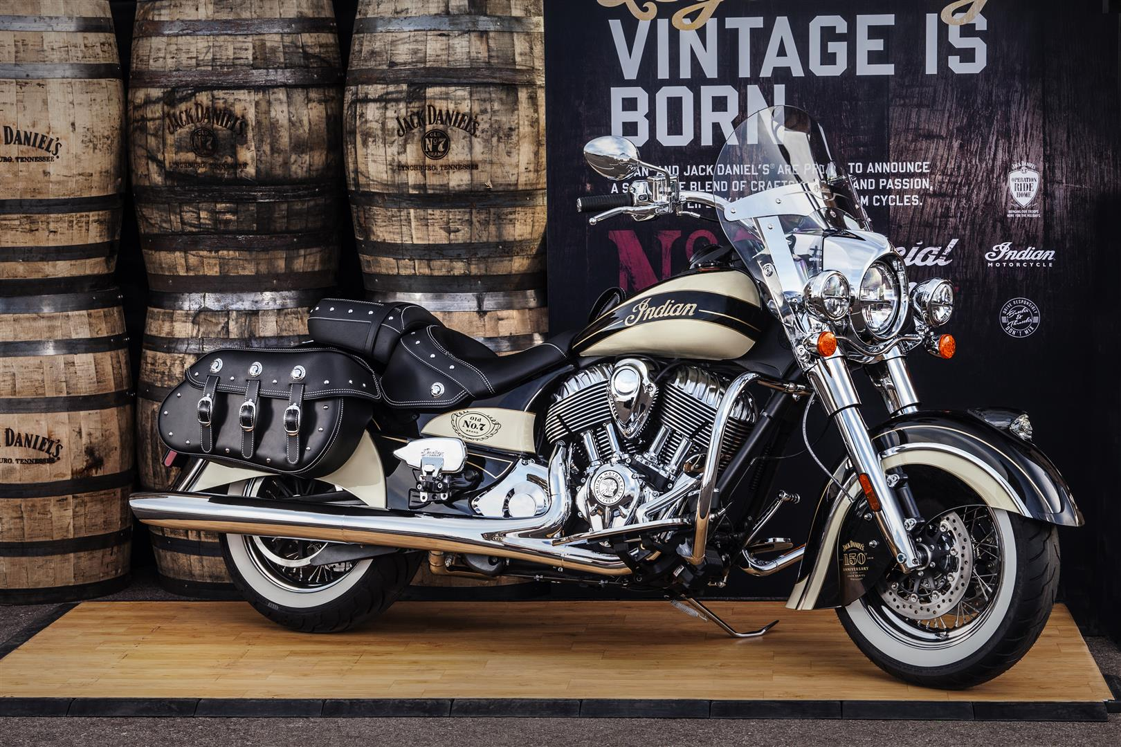 001 LIMITED EDITION JACK DANIELS INDIAN CHIEF VINTAGE MOTORCYCLE AUCTIONED AT BARRETT JACKSON LAS VEGAS